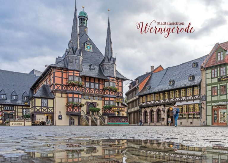 Rathaus im Regen | Postkarte | Stadtansichten Wernigerode